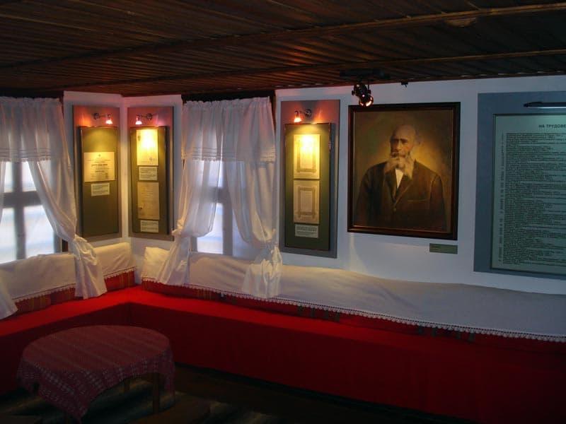 Част от интериора на родната къща на Марин Дринов