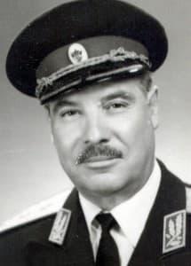 30-a-gen Momekov(1)